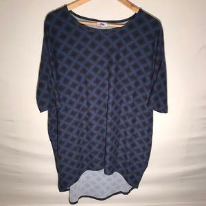 Women's Lularoe Diamond Print Top